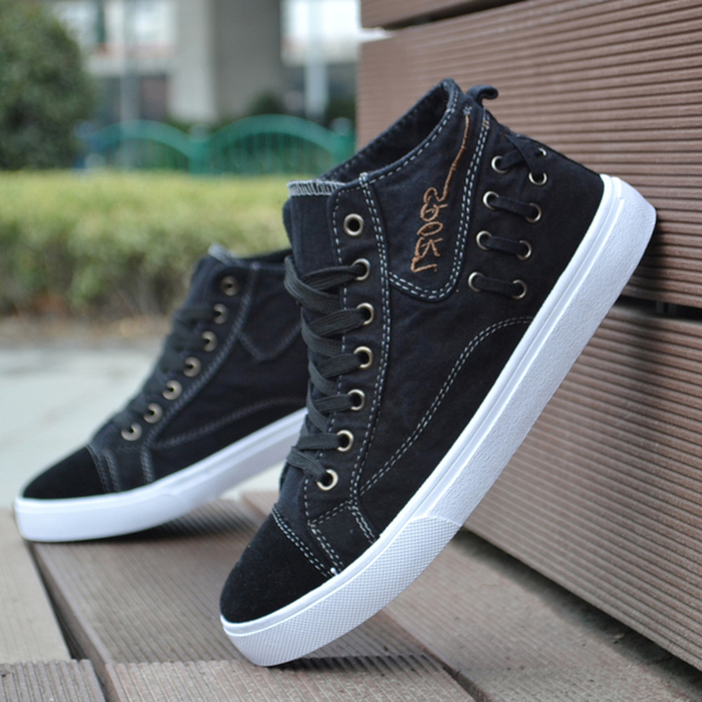 Men Fashion Breathable Casual Shoe