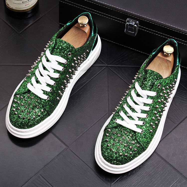 ERRFC Personalized Luxury Men Casual Comfort Shoes Fahsion Round Toe Designer Rivets Charm Green Trending Leisure