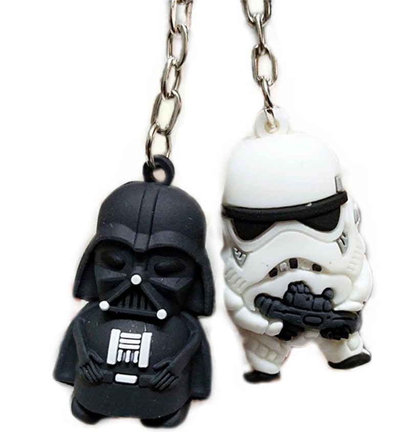 2 pcs / ensemble Star Wars KeyChain Cartoon Trinket Silicon Key Cover Soft Portable Key Bag Finder Porte Clef Gift Darth Vader Key Chain