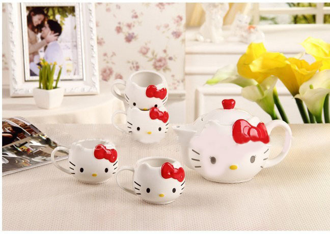Hello Kitty Tea Pot 900ml cup150ml Novelty coffee cup pot Porcelain coffee Set High Quality Drinkware Tea Kettle 5pcs/set