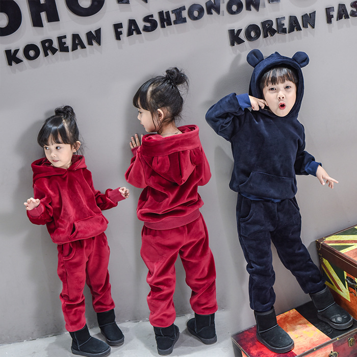 Boys and girls gold velvet suit 2017 new spring children baby casual long sleeve Hoodies + pants  2-7 Year new hello kitty girls baby s sets spring cartoon velvet long sleeve children hoodies pants 2 pieces velour suit kids clothing