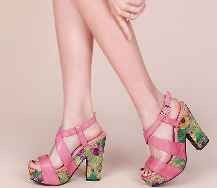 2017 Summer New Fashion Floral High Platform Women Sexy Sandal Leather Straps Ladies Chunky Heel Dress Shoes Ankle Buckle Sandal weiqiaona european 2018 women new fashion show leather snake skin rhinestone flowers high heel sandalss sexy ladies party shoes