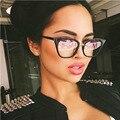 HIKULITY Mulheres Oversize Cat Eye Sunglasses Celebridade Do Vintage Feminino óculos de Sol Da Marca Espelho Rebite Óculos de Sol Luneta De Soleil