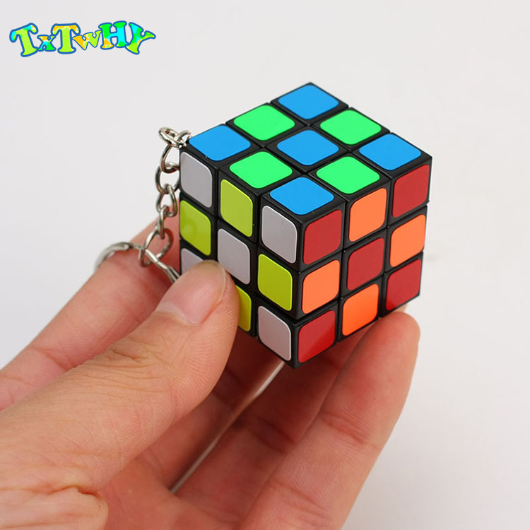 Mini Game Magic Cube Keychain 3x3x3 3CM Story Cubes Pendant Educational Child GamesTwist Puzzle Toys For Children Gift Toys