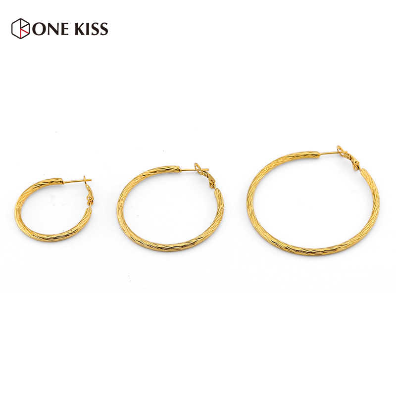 تصميم جديد تويست حلقة مستديرة الفولاذ المقاوم للصدأ هوب القرط الشرير الذهب اللون دائرة كبيرة الأذن مجوهرات النساء Brincos الموضة بالجملة