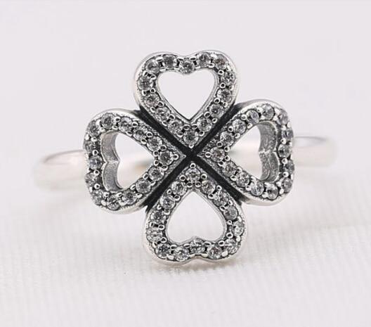 anillo trebol pandora
