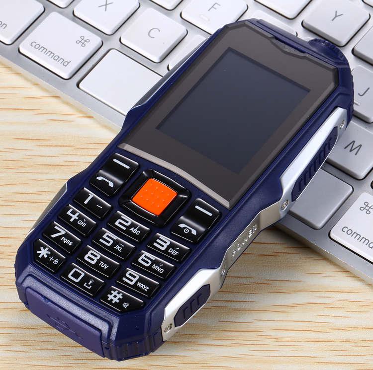 1,7 дюймов дешевые прочные мобильные телефоны с двумя sim-картами Китай GSM FM радио фонарь кнопочный мобильный телефон русская клавиатура Сотовые телефоны S8 - Цвет: Синий