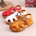 L & D Verão Bebê Sapatos De Couro Macio 2016 Moda Criança Recém-nascidos Meninas Meninos Sapatos de Verão Sólida PU Primeiros Caminhantes US4/4.5/5/6/6.5
