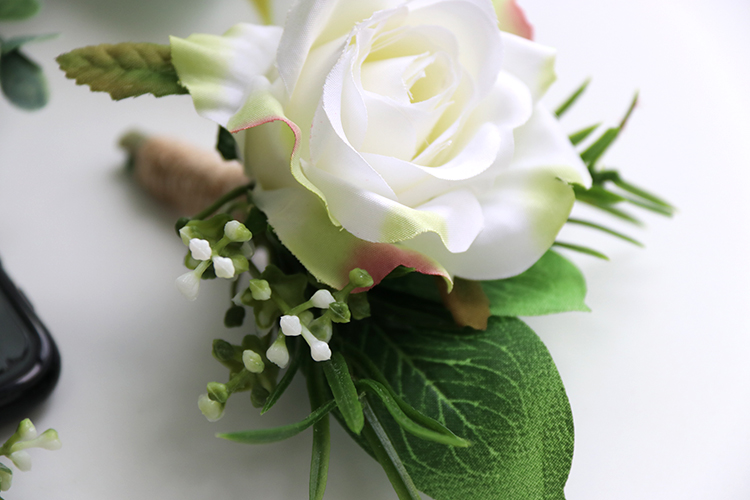 wedding corsages boutonnieres (14)