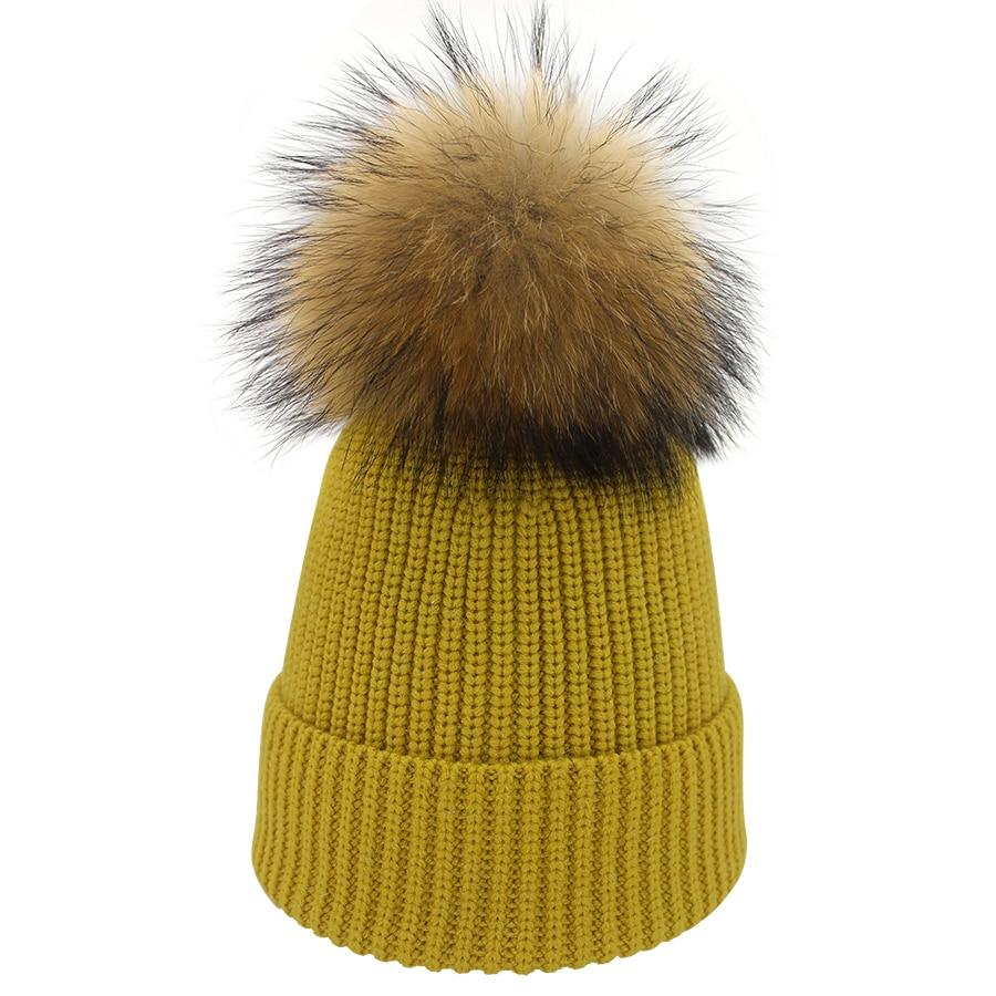 06552034214 Hat Silk With Fur Pom Pom