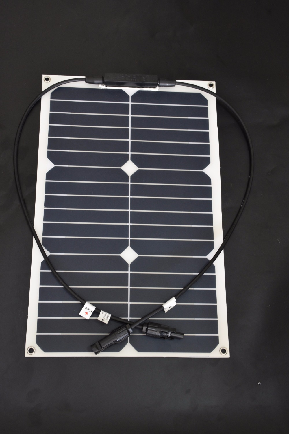 Sunpower flexible solar panel 12v 18w; monocrystalline semi flexible solar panel 18w; solar cell 19.2% charging efficiency