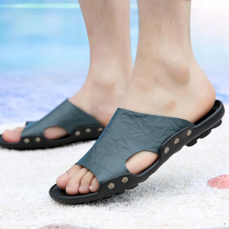 Men Slippers 2018 casual flat beach slippers men summer shoes Genuine Leather sandals size 38-48