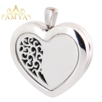Amya Jewelry 30mm Heart Family Tree Aromatherapy Essential Oils Stainless Steel Perfume Diffuser Locket Necklace with chain Pads
