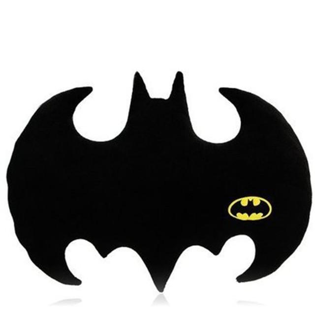 La más nueva Manera Negro Batman Felpa Sofá Cojín Almohada Throw Pillow Amortiguador Trasero Del Coche Del Hogar del Logotipo del Palo de regalo Decorativo