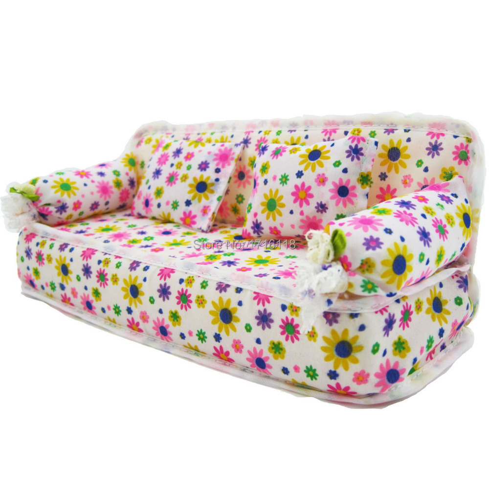 one pcs mini dollhouse furniture flower sofa couch with 2 cushions for barbie house toys barbie dollhouse furniture cheap