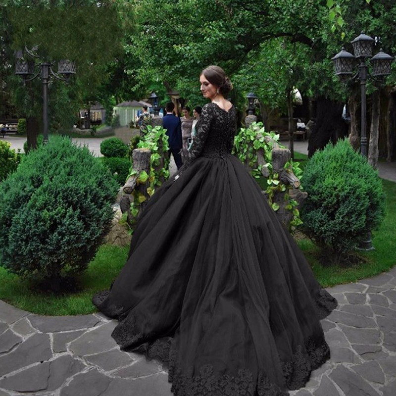Black Wedding Dresses: Fashion Black Gothic Wedding Dresses Illusion Lace Long