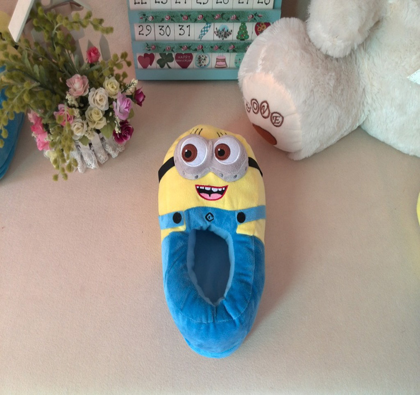 HAPPY ISLAND 3D Despicable Me Plush Cartoon Toys Plush Slipper Home Lovers Winter House Minion shoes Warm Soft Plush Home Shoes