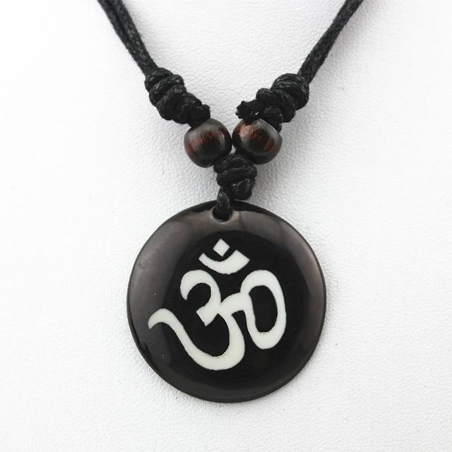 AUM OM Ohm Hindu Buddhist...
