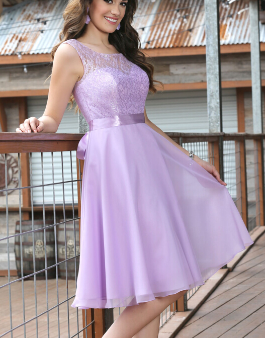 Short Lace Chiffon Civil Lilac Bridesmaids Dresses Sleeveless Knee Length  A-Line Sheer Sweetheart Sashes Wedding Guests Dresses
