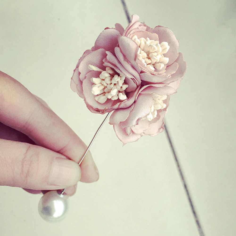 Fashion Accessories Personalized  Brooch Simulated Pearl Brooch  Pin Elegant Flower Gift Party Dress Accessories 1 pc For Women