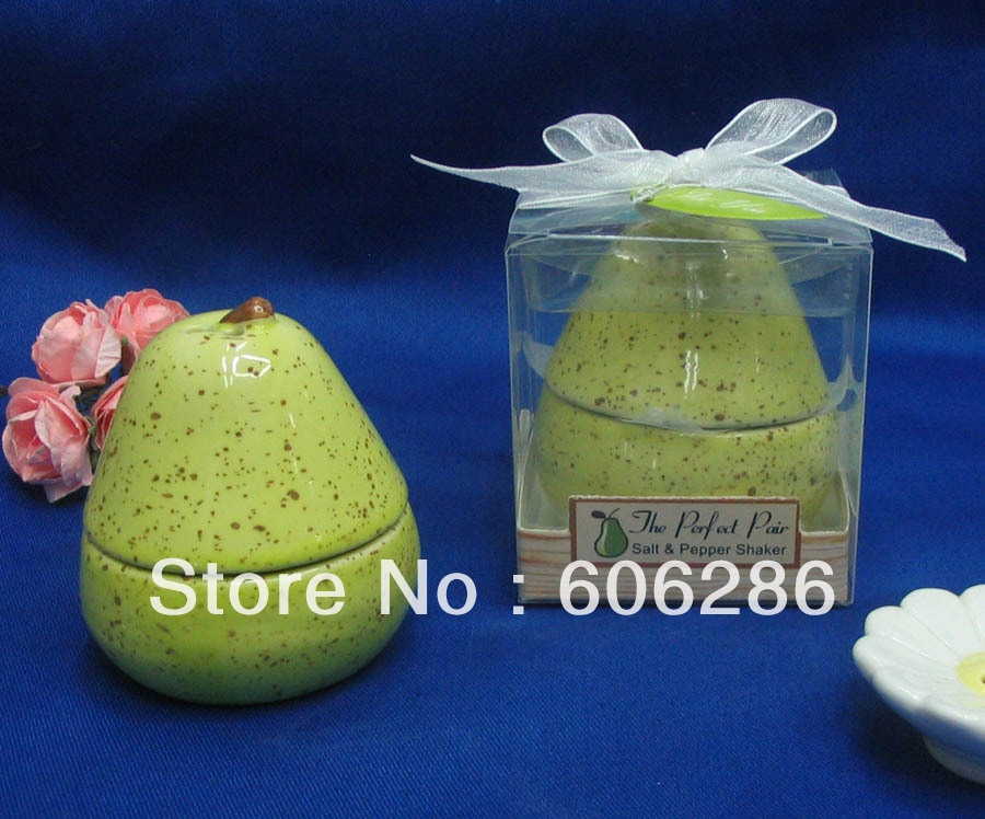 wholesale unique party favors the perfect pair ceramic pear salt u0026 pepper shaker for wedding giveaways giftsin party favors from home