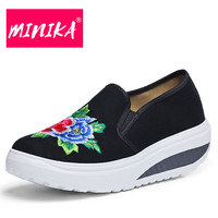 MINIKA 2018 New Women Casual Shoes Chinese Style Slip On Shoes Shallow Women Loafers Comfortable Classical
