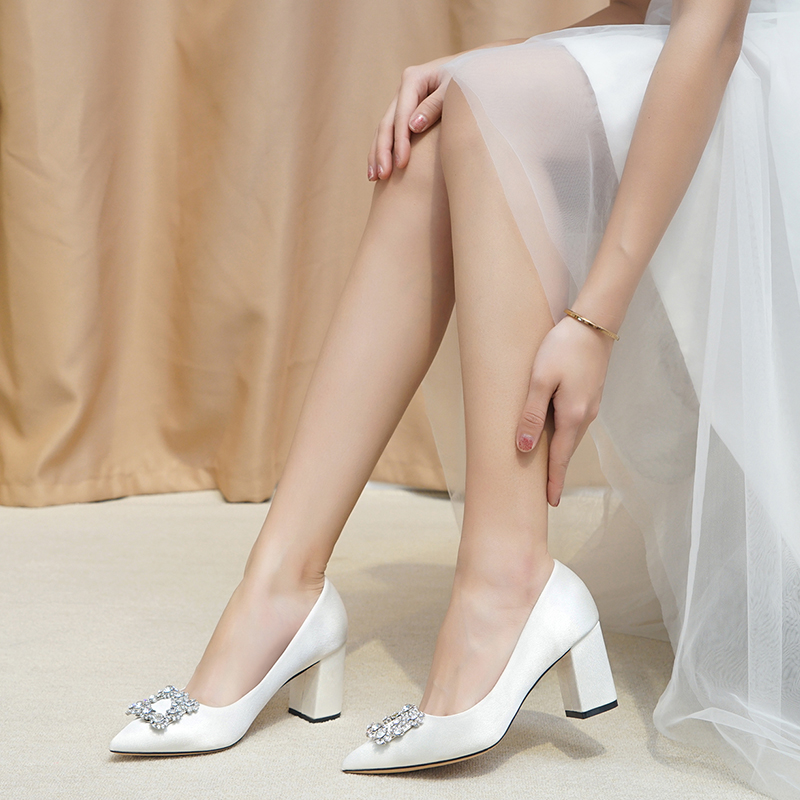 Wedding Shoes Women With 2019 New Bride Shoes White Dress High