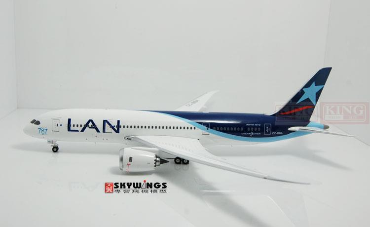 Phoenix 20084 Chile CC-BBA Airlines 1:200 commercial jetliners plane model hobby B787-8 phoenix 20109 b787 9 tomo ja830a dachi 1 200 ana commercial jetliners plane model hobby