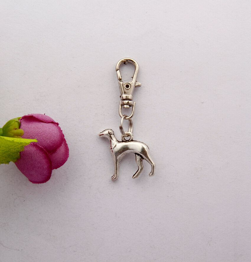 2015 Hot 80pcs Vintage Silver Greyhound Dog Charm Rotation Lobster Button Keychain Gifts Fit DIY Key Chains Fashion Jewelry F558