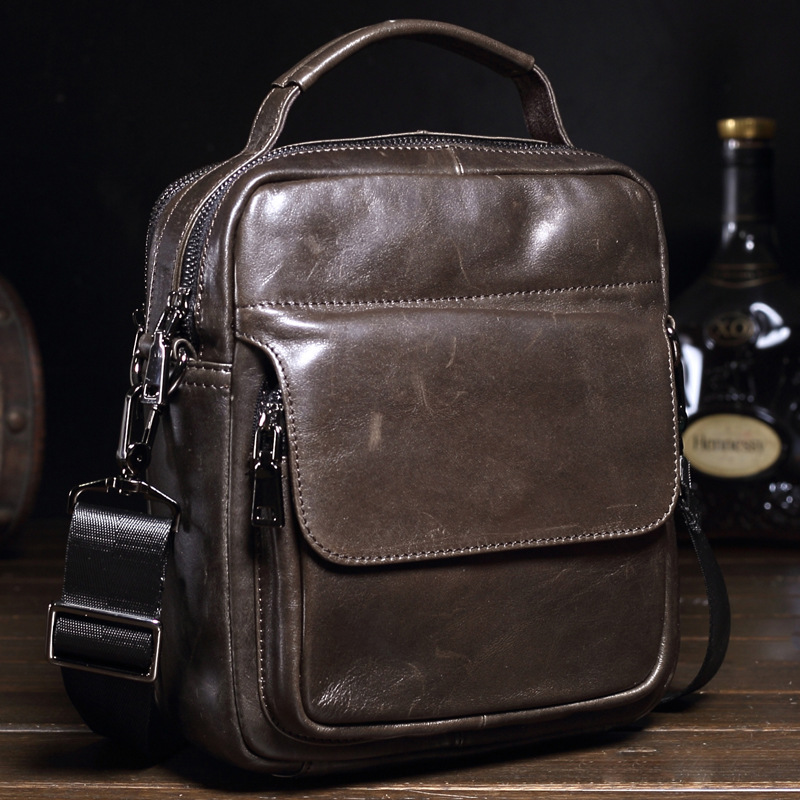 цена на Genuine Leather Men Bags Hot Sale Male Small Messenger Bag Man Fashion Crossbody Shoulder Bag Men's Travel New Bags MS