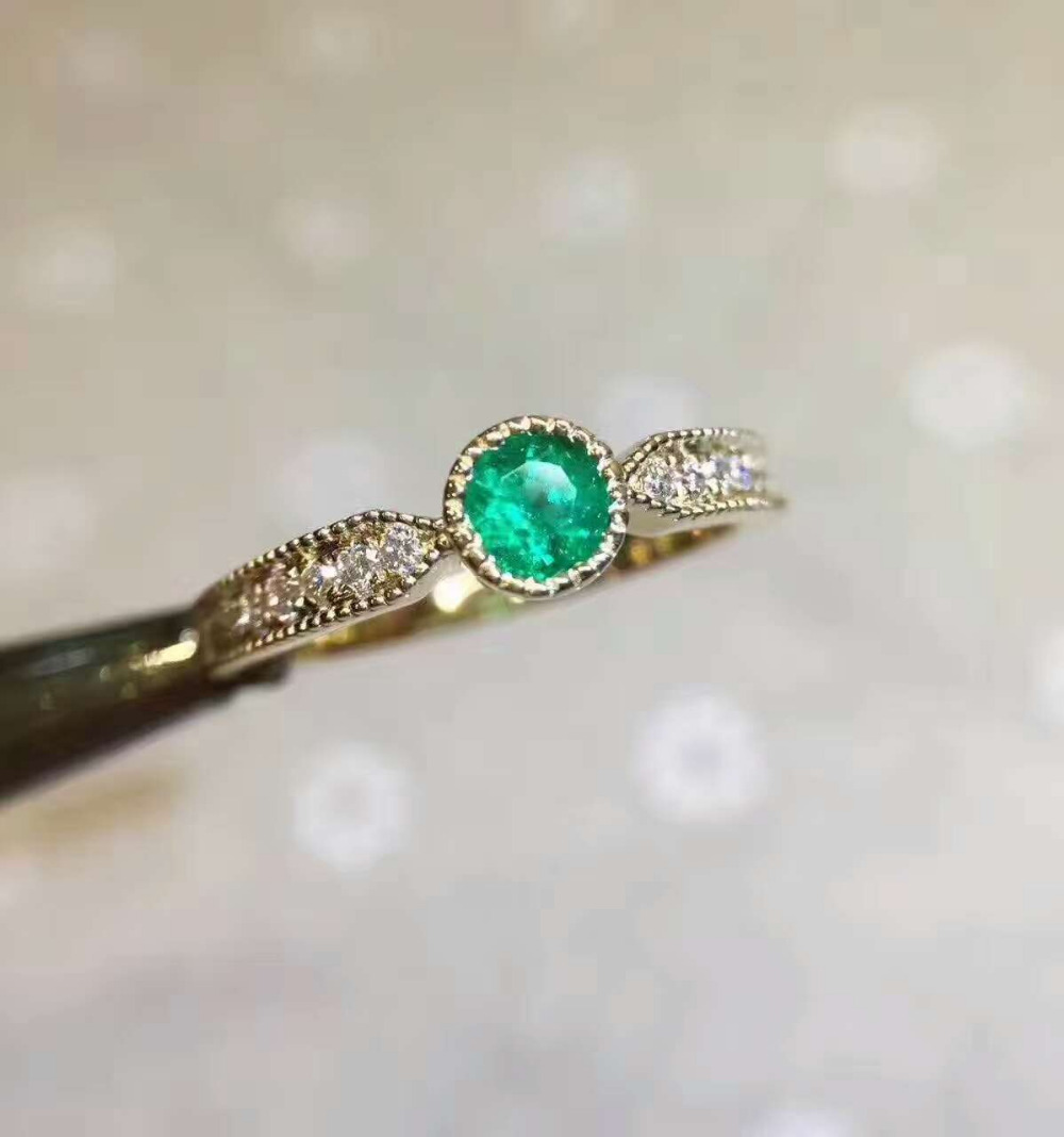 Natural green emerald gem Ring Natural gemstone Ring S925 sterling silver Fashion elegant Exquisite round women party Jewelry exquisite gemstone embellished women s vivid alloy finger ring