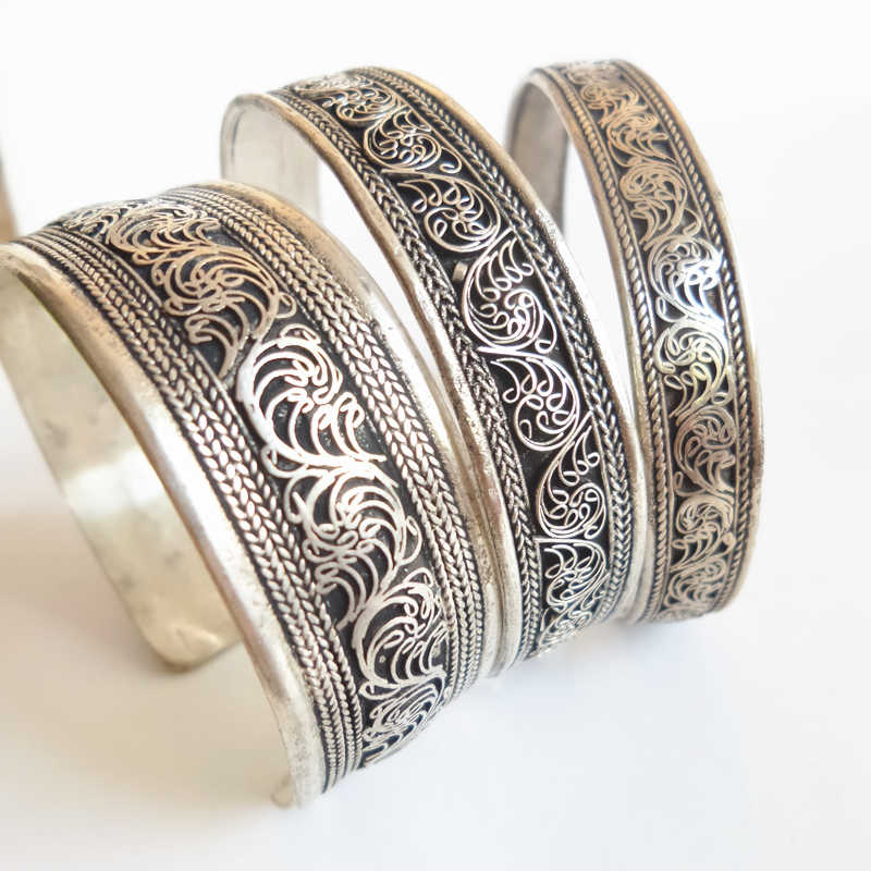BB-040 Tibetan silver Vintage lucky flower bangle Nepal handmade open cuff Antiqued bracelet bangle