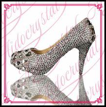 Aidocrystal 2016ผู้หญิงรองเท้าส้นสูงรองเท้าแต่งงานพรหมผู้หญิงคริสตัลเงินG Litter r hinestoneรองเท้าเจ้าสาวต่ำส้นพรรคปั๊ม