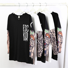 Familia camiseta tatuaje brazo falso dos de manga larga Camiseta de los  hombres moda Hip Hop o-cuello palabra impresión Patchwor. 349aeb937a0