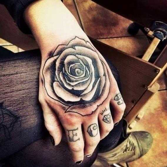 Waterproof Temporary Tatoo Hand Fake Tattoo Sticker Rose Flower