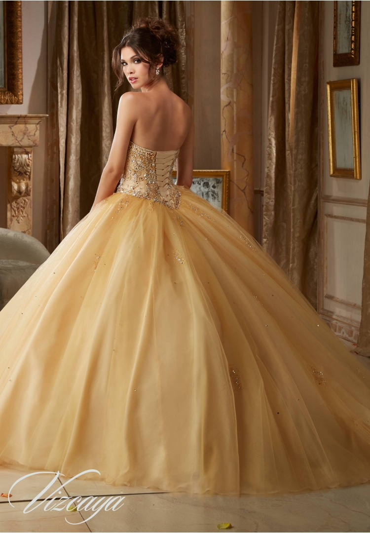 26e0de2ace8 new Fashion Gold Quinceanera Dresses With Jacket Beading Sweetheart Dress  For 15 Year Old -in Quinceanera Dresses from Weddings   Events on  Aliexpress.com ...
