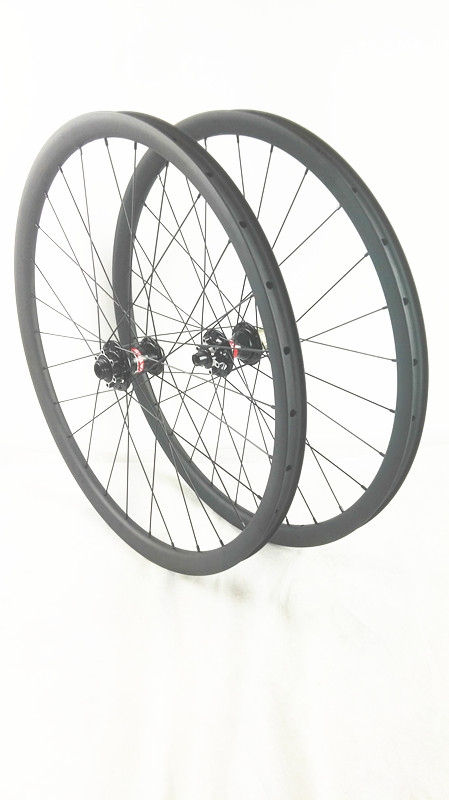 carbon MTB wheels 27.5er novatec hubs 650B MTB bike wheels width 30mm disc mtb wheelset bicycle MTB wheels factory direct mountain bike clincher wheelset 29 inch 27 5er carbon mtb wheels 29er 650b carbon mtb wheels tubeless rims