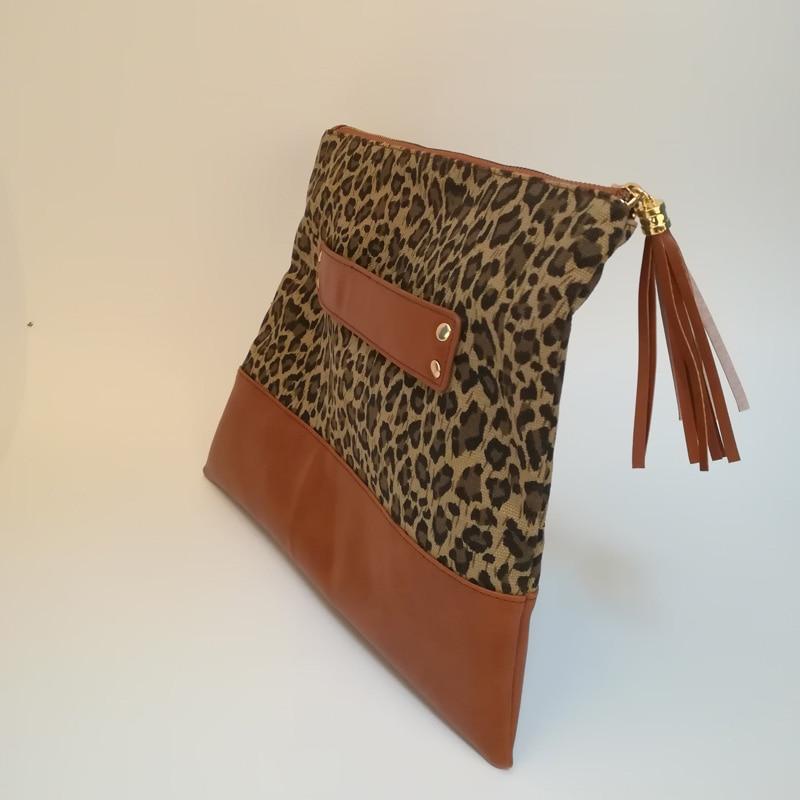 leopard tassel clutch (2)