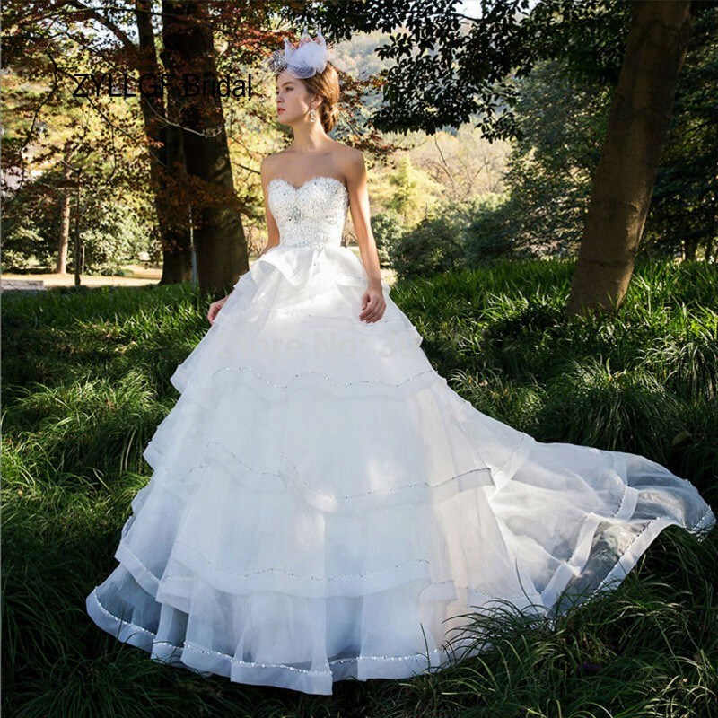 Wedding Gowns For Outdoor Weddings