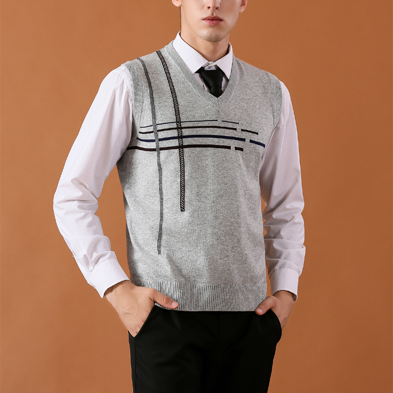 High Quality New Fashion Sleeveless Wool Sweater Men Pullover Knitted Vest Solid V-Neck Men's Sweater  Casual Men Sweaters Vest