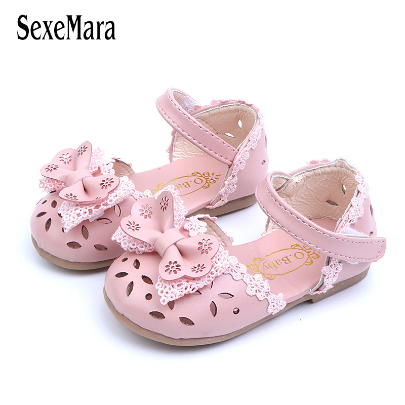 2019 Lovely Baby Girls Shoes Princess Lace Flowers Newborn Sandals Breathable Hollow Leather Sandals For Toddler Girls C02031