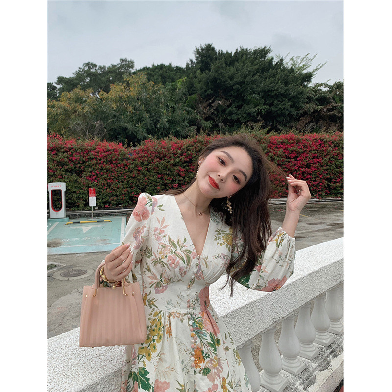 HTB1kmvodBOD3KVjSZFFq6An9pXa0 - Fashion Runway Holiday Rompers Female Sexy V-Neck High Waist Short Jumpsuit Elegant Womens Long Sleeve Vintage Floral Playsuits