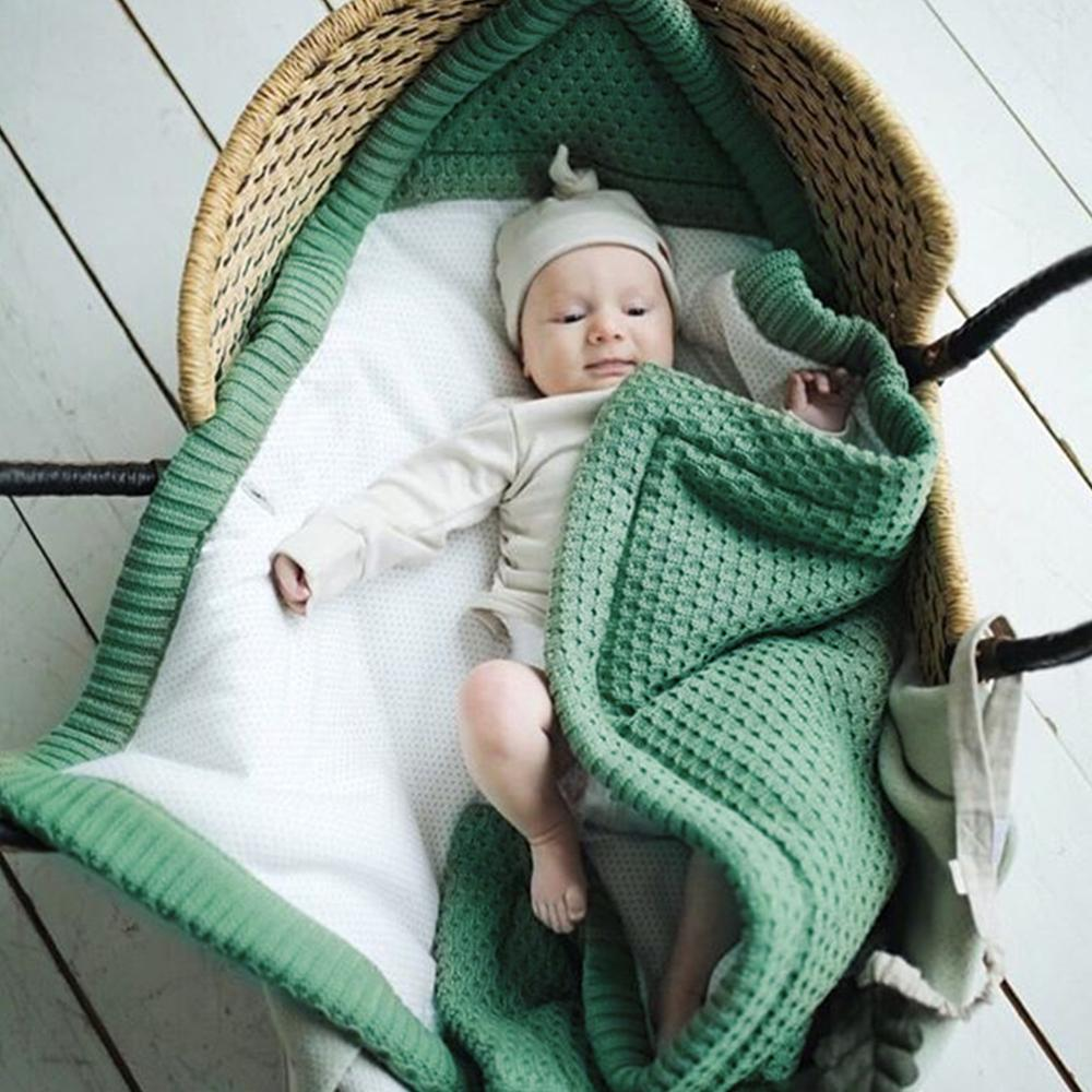 Winter Warm Baby Sleeping Bags Candy Color Knitted Cocoon for Newborns Bebes Swaddle Wrapper Super Soft Infantil Bebes Envelopes