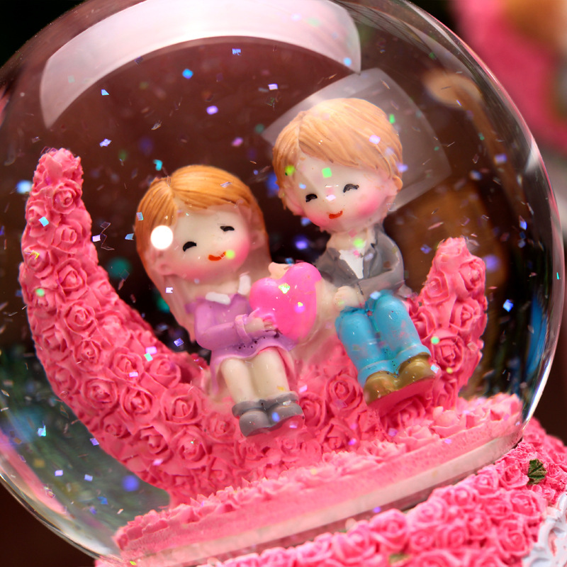 Music Box Rotating Couples Lovers Birthday Gifts Resin Home