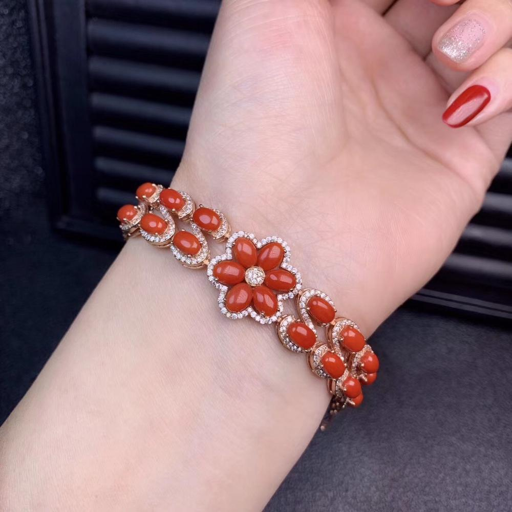 beautiful coral  gemstone bracelet for noble characterbeautiful coral  gemstone bracelet for noble character