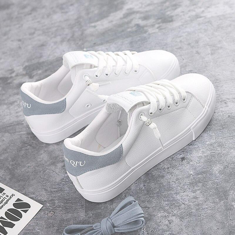 3ad8a8e1f 2018 Novas Mulheres Brancas Sapatos de Couro Rendas Até Tênis Femininos  toda a Partida Estilo Conciso