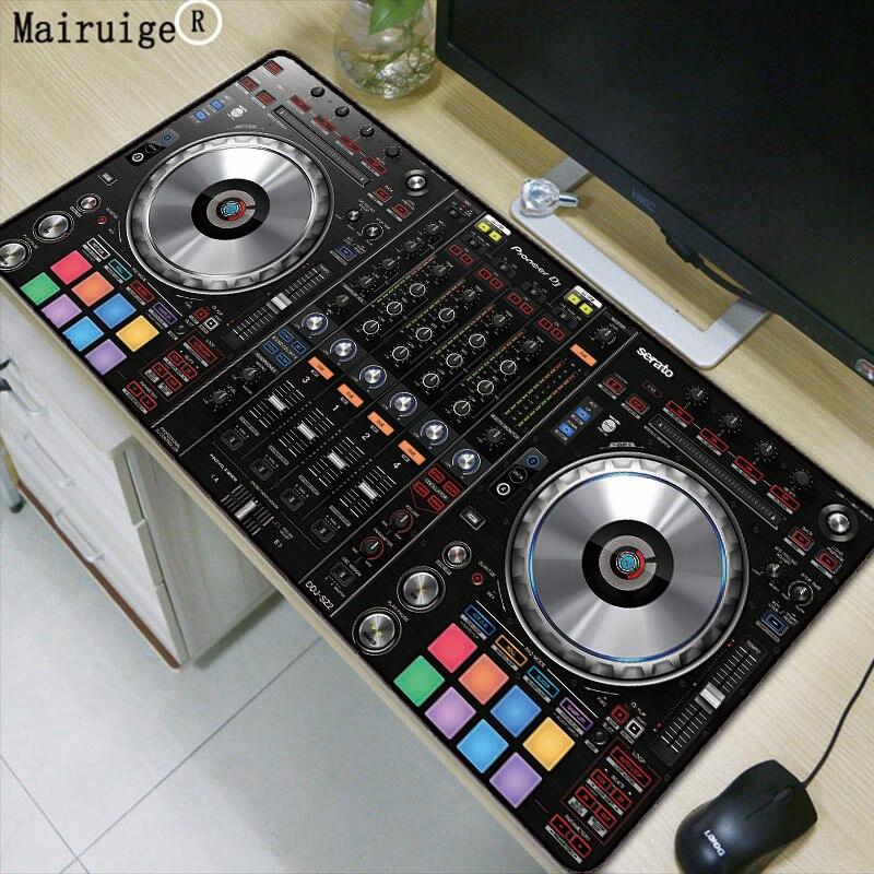лучшая цена Mairuige CD Music Console Model Large Size Mouse Pad Black Precision Collar Computer PC Anti-Slip Rubber Bottom Player Gift