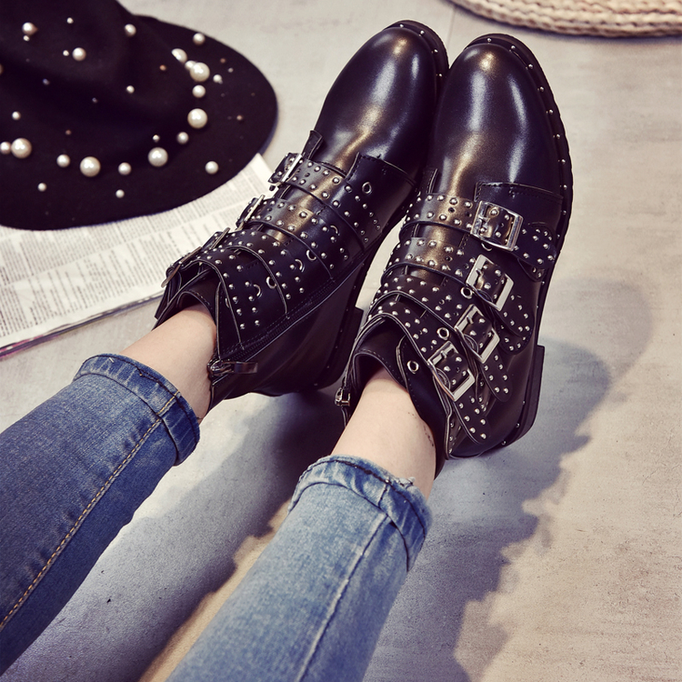 2017 New Leather Rivets Booties Buckle Straps Thick Heel Black Ankle Boots Studded Decorated Motorcycle