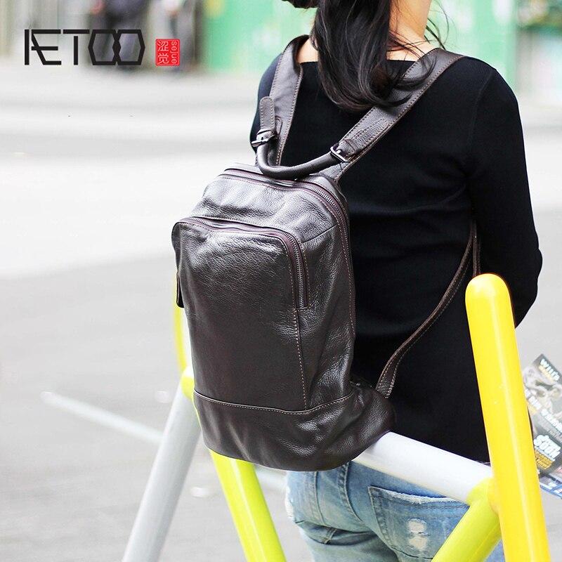 Aetoo 간단한 가죽 어깨 baotou 레이어 소 가죽 백 패션 배낭 복고풍 실용적인 수제 남성과 여성 schoolbag-에서백팩부터 수화물 & 가방 의  그룹 1