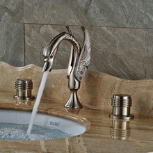 2016 Swan Shape Bathroom Sink Basin Faucet Widespread Nickel Brushed Hot and Cold Water Taps